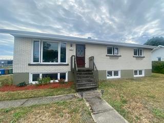 Maison à vendre à Rimouski, Bas-Saint-Laurent, 333, Rue  Chapais, 28030321 - Centris.ca