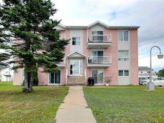 Immeuble à revenus à vendre à Baie-Comeau, Côte-Nord, 466, Rue de Parfondeval, 12668685 - Centris.ca