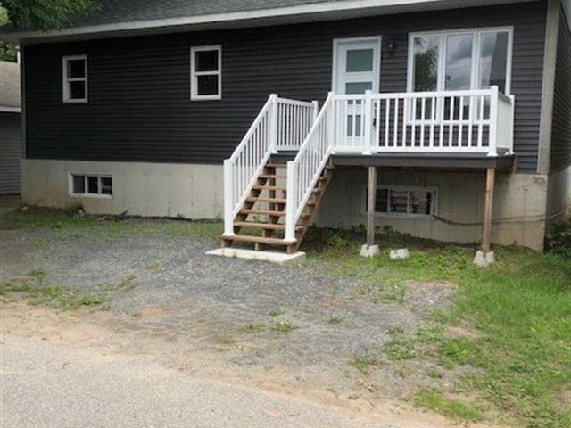 Maison à vendre à Sainte-Anne-de-la-Pérade, Mauricie, 835, 1re Avenue, 18448492 - Centris.ca