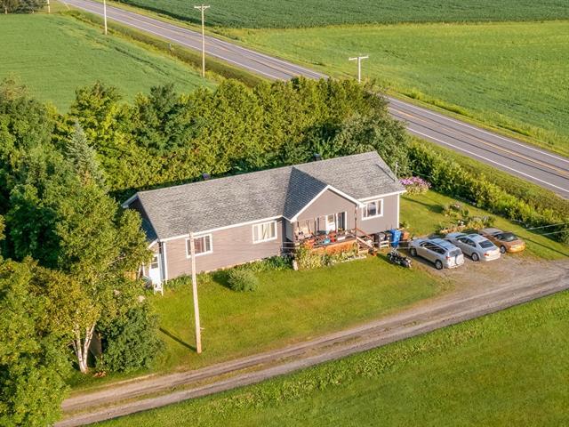 House for sale in Saint-Herménégilde, Estrie, 662, Route  251, 12467810 - Centris.ca