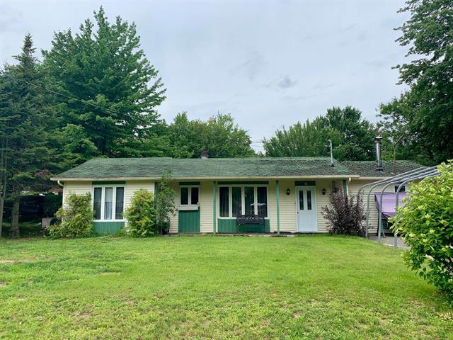 Maison à vendre à Saint-Albert, Centre-du-Québec, 55, 2e Avenue Est, 22169866 - Centris.ca