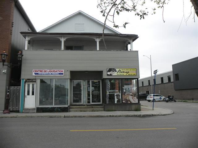 Quadruplex à vendre à Saguenay (Jonquière), Saguenay/Lac-Saint-Jean, 2319 - 2325, Rue  Saint-Dominique, 28844660 - Centris.ca