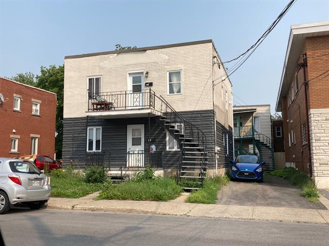 Quadruplex à vendre à Longueuil (Le Vieux-Longueuil), Montérégie, 206 - 208, Rue  Charron, 26605596 - Centris.ca