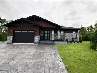 Maison à vendre à Saguenay (Chicoutimi), Saguenay/Lac-Saint-Jean, 162, Rue  Lancelot, 11828516 - Centris.ca