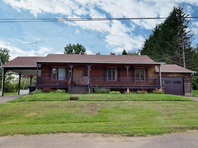 House for sale in East Hereford, Estrie, 29, Rue de la Confédération, 23251572 - Centris.ca