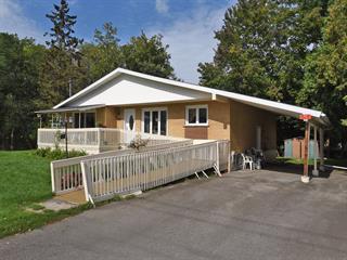 Maison à vendre à Huntingdon, Montérégie, 1, Chemin  Fairview, 20203700 - Centris.ca