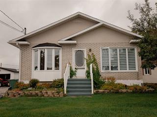 Maison à vendre à Baie-Comeau, Côte-Nord, 56, Avenue de Berneval, 17235908 - Centris.ca