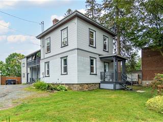 Duplex for sale in Coaticook, Estrie, 90 - 92, Rue  Court, 21929825 - Centris.ca
