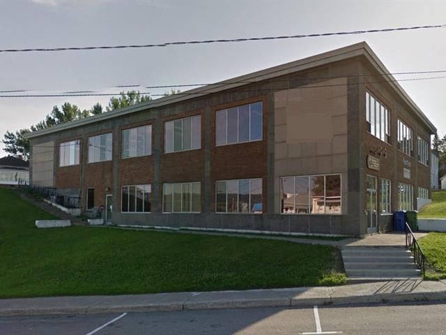 Local commercial à louer à Saguenay (La Baie), Saguenay/Lac-Saint-Jean, 825, boulevard de la Grande-Baie Sud, 12082198 - Centris.ca