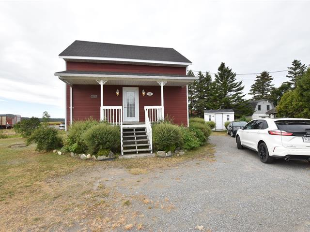 House for sale in Cacouna, Bas-Saint-Laurent, 1162, Route de l'Église, 24810279 - Centris.ca