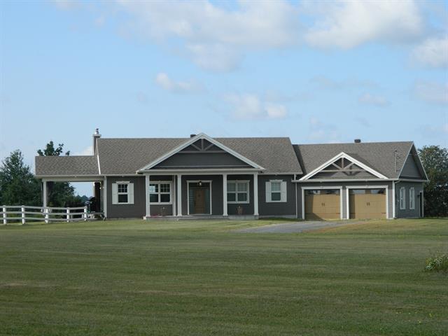 Maison à vendre à Saint-Valère, Centre-du-Québec, 787, Route  161, 15960461 - Centris.ca