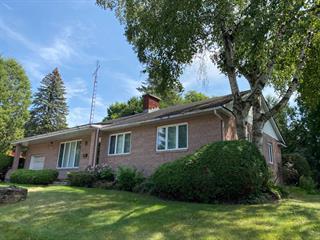 House for sale in Lachute, Laurentides, 656, Rue  Grace, 28711011 - Centris.ca