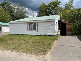 Maison à vendre à Lachute, Laurentides, 239, Rue  Champlain, 24464509 - Centris.ca