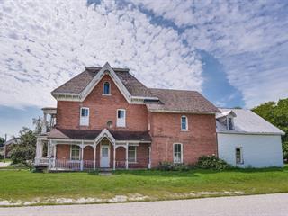 Quadruplex à vendre à Shawville, Outaouais, 237, Avenue  Victoria, 20176356 - Centris.ca