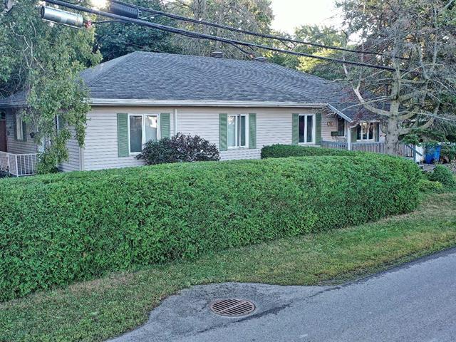 Duplex for sale in Châteauguay, Montérégie, 32, Rue  Boivin, 10181023 - Centris.ca