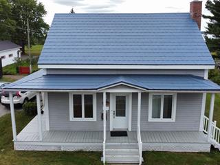 Duplex à vendre à Saint-Pierre-les-Becquets, Centre-du-Québec, 332 - 332A, Route  Marie-Victorin, 17683272 - Centris.ca
