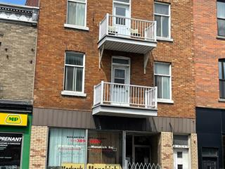 Income properties for sale in Montréal (Villeray/Saint-Michel/Parc-Extension), Montréal (Island), 8113 - 8117, Rue  Saint-Hubert, 28676227 - Centris.ca