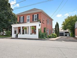 Maison à vendre à Shawville, Outaouais, 284, Rue  Main, 28985053 - Centris.ca