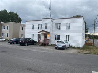 Quadruplex à vendre à Mont-Joli, Bas-Saint-Laurent, 1370, Rue  Poirier, 12952065 - Centris.ca