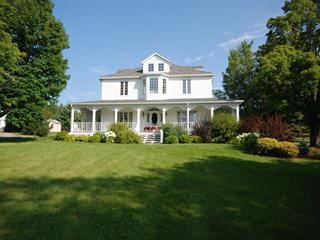 House for sale in New Carlisle, Gaspésie/Îles-de-la-Madeleine, 43A, boulevard  Gérard-D.-Levesque, 11037425 - Centris.ca