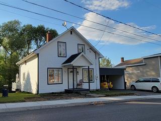 Maison à vendre à Témiscouata-sur-le-Lac, Bas-Saint-Laurent, 12, Rue des Bois-Francs, 12665678 - Centris.ca