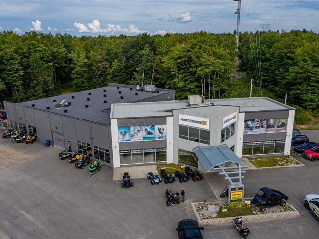 Bâtisse commerciale à vendre à Saint-Étienne-des-Grès, Mauricie, 1200, boulevard de La Gabelle, 17130279 - Centris.ca