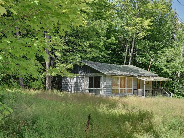 Maison à vendre à Magog, Estrie, 16, Rue  Bordeleau, 16319326 - Centris.ca