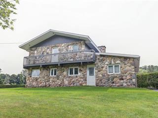 Maison à vendre à Magog, Estrie, 22, Rue  Cynthia, 12744947 - Centris.ca