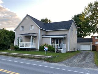 Duplex for sale in East Angus, Estrie, 118 - 120, Rue  Angus Sud, 17268297 - Centris.ca