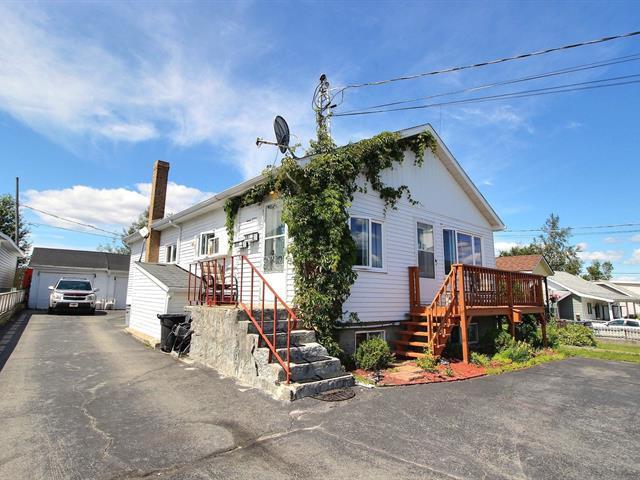 Duplex for sale in Val-d'Or, Abitibi-Témiscamingue, 977 - 981, 1re Rue, 24602136 - Centris.ca