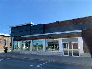 Local commercial à vendre à Lac-Mégantic, Estrie, 5270, Rue  Papineau, 14695733 - Centris.ca
