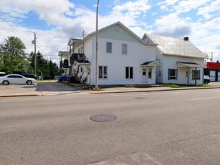 Quadruplex à vendre à Dolbeau-Mistassini, Saguenay/Lac-Saint-Jean, 75 - 75C, boulevard  Saint-Michel, 10034032 - Centris.ca