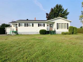 House for sale in Plessisville - Paroisse, Centre-du-Québec, 2401, Avenue  Lemieux, 27609530 - Centris.ca