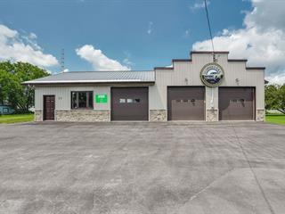 Bâtisse commerciale à vendre à Shawville, Outaouais, 31, Avenue  Victoria, 15418244 - Centris.ca