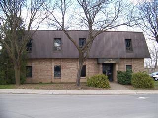 Bâtisse industrielle à louer à Laval (Laval-des-Rapides), Laval, 185, Avenue du Pacifique, 10969046 - Centris.ca