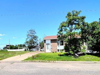 Maison à vendre à Sept-Îles, Côte-Nord, 19, Rue  Kennedy, 21837354 - Centris.ca