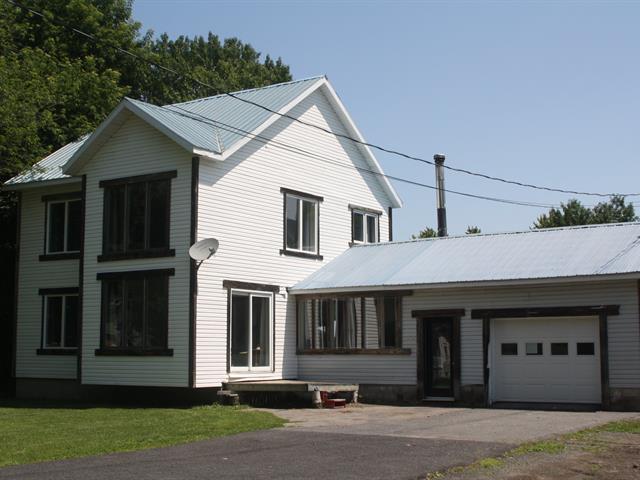 Maison à vendre à Saint-François-du-Lac, Centre-du-Québec, 35, Rue  Leblanc, 21710708 - Centris.ca