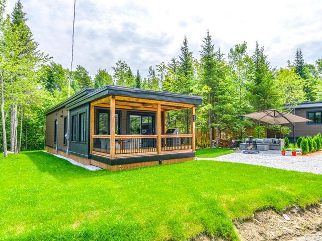 Maison à vendre à Saint-Étienne-de-Bolton, Estrie, 315, Route  112, app. 690, 15305361 - Centris.ca