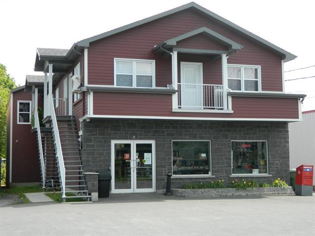 Quadruplex à vendre à Victoriaville, Centre-du-Québec, 8, Rue  Cartier, 25444477 - Centris.ca