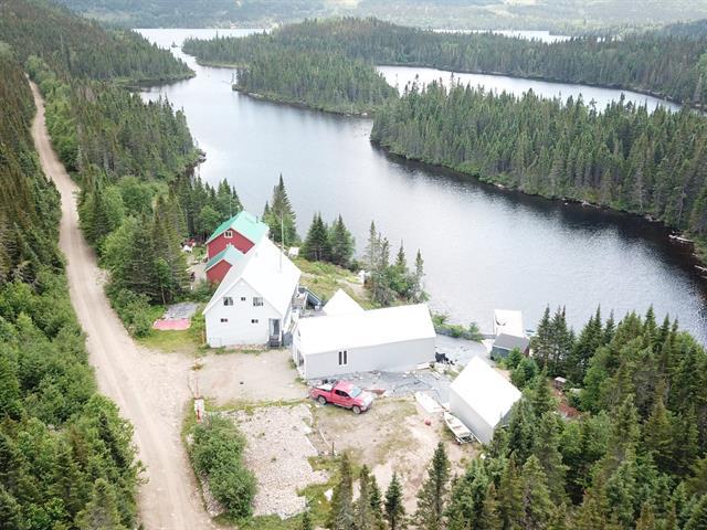 Chalet à vendre à Clermont (Capitale-Nationale), Capitale-Nationale, O, Lac des Panses, 17926985 - Centris.ca