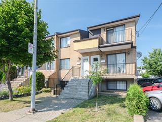 Triplex à vendre à Longueuil (Le Vieux-Longueuil), Montérégie, 2353 - 2357, Rue  Montarville, 10442067 - Centris.ca