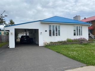 Immeuble à revenus à vendre à Sept-Îles, Côte-Nord, 356, Avenue  De Quen, 10267688 - Centris.ca