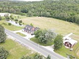 Fermette à vendre à Sainte-Hélène-de-Chester, Centre-du-Québec, 1445Z, Rue  Corriveau, 27287950 - Centris.ca