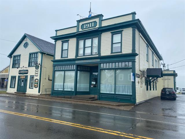 Quintuplex for sale in Bonaventure, Gaspésie/Îles-de-la-Madeleine, 146, Avenue de Grand-Pré, 22360089 - Centris.ca