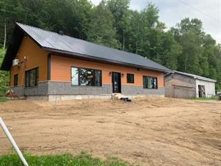Cottage for sale in Kiamika, Laurentides, 139, Chemin  Valiquette, 17092185 - Centris.ca