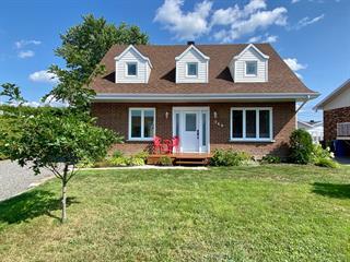 Maison à vendre à Saint-Honoré, Saguenay/Lac-Saint-Jean, 740, Rue  Harvey, 22412836 - Centris.ca