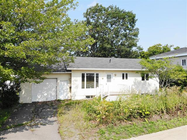 House for sale in Montmagny, Chaudière-Appalaches, 7, Rue de la Station, 22395661 - Centris.ca
