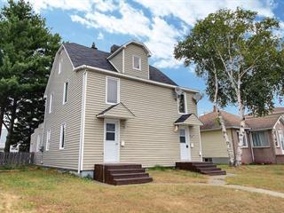 Triplex à vendre à Val-d'Or, Abitibi-Témiscamingue, 147 - 147B, Avenue  Lasalle, 13991225 - Centris.ca