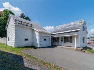Maison à vendre à Sainte-Croix, Chaudière-Appalaches, 243, Rue  Laurier, 13449460 - Centris.ca