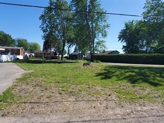 Lot for sale in Sainte-Marthe-sur-le-Lac, Laurentides, 3114, Rue  Carole, 12869943 - Centris.ca